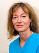 Dr Fiona  Clements